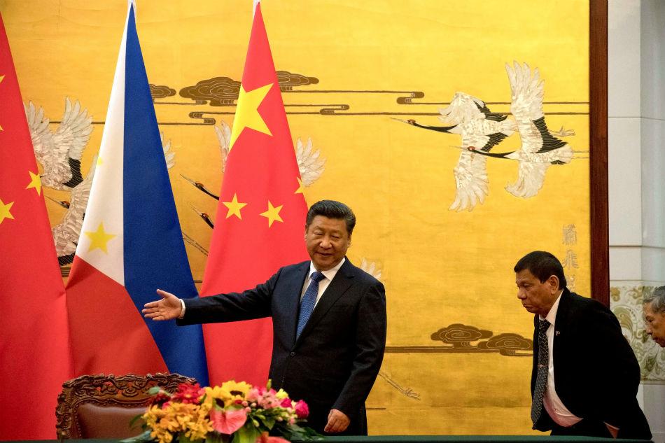 Int'l community monitoring Duterte's China visit