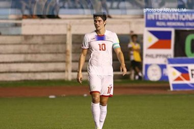 Football: Phil Younghusband announces retirement