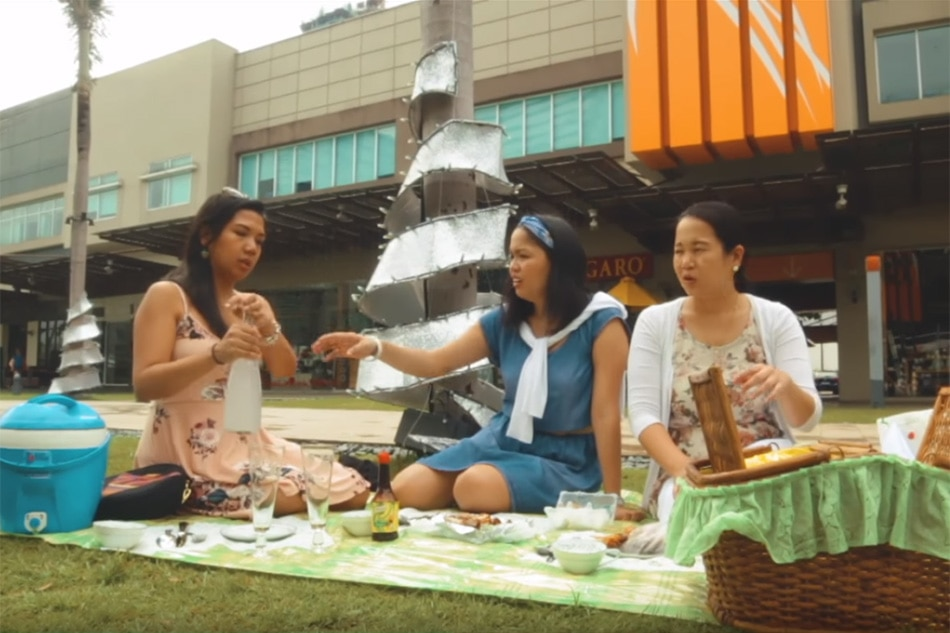 The Soshal Network gives tips on how to pull off a posh picnic