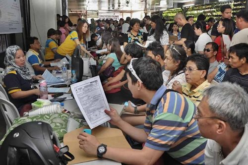 BIR: April 2018 income taxes will still use old rates