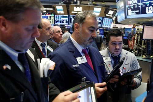 Europe, tech keeps stocks in check; US dollar softens