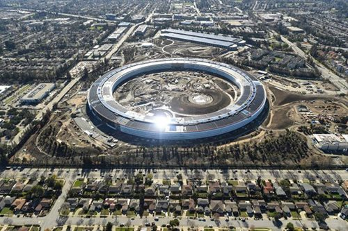 Apple channels Steve Jobs with 'spaceship' campus