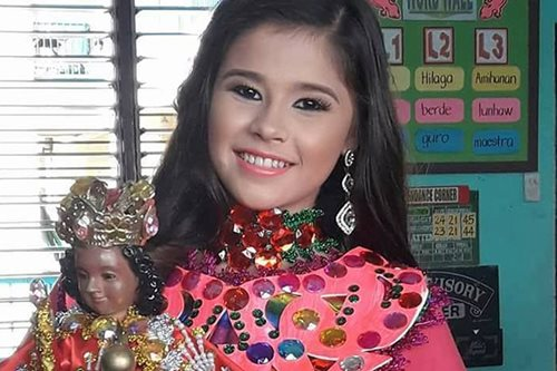 LOOK: Cebu's Selena Gomez look-alike