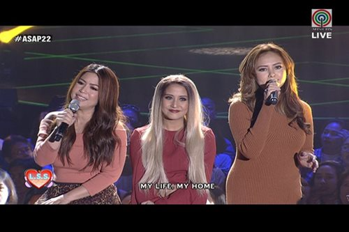 Original It Girls reunite on 'ASAP'