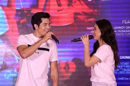 Is Maja a good kisser? Paulo Avelino answers
