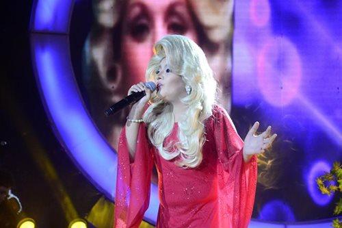 'Your Face Sounds Familiar': Elha as Dolly Parton wins