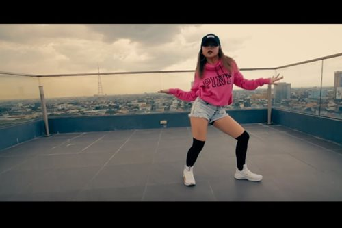 Ella Cruz goes solo in latest dance video