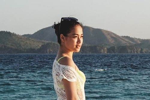 LOOK: Maja sizzles in new beach photos