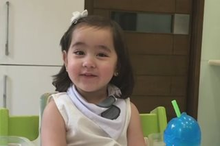 Cute! Scarlet Snow tries to speak Chinese