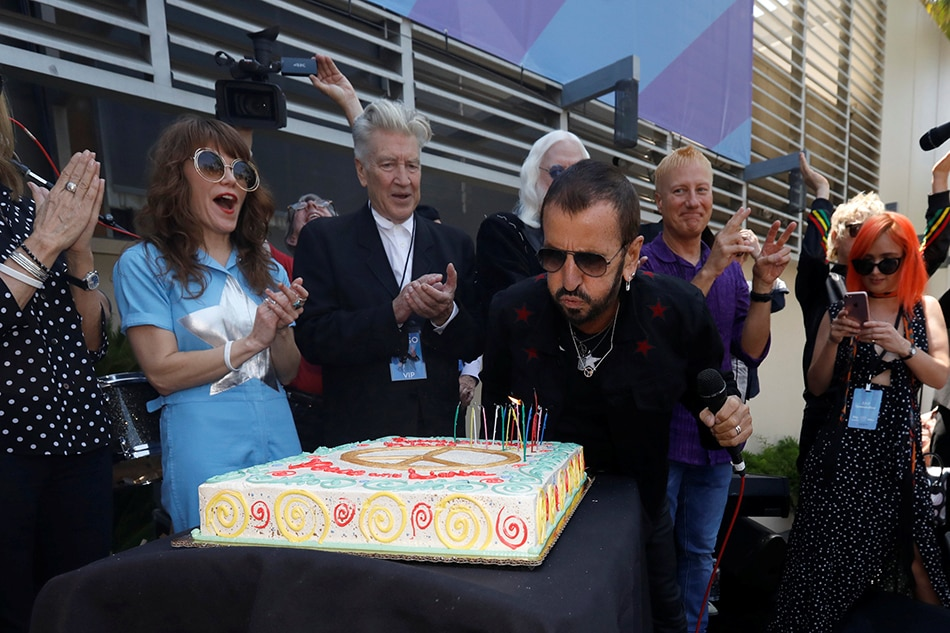 Ringo Starr Celebrates Birthday Talks McCartney Reunion On New Album