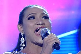 Oops! Dentures of 'It's Showtime' contestant fall out