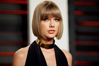 Taylor Swift breaks down at groping trial
