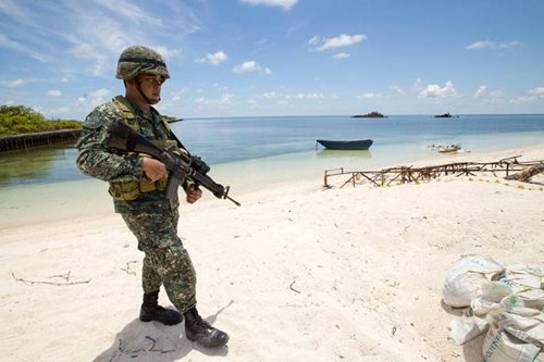 Defense chief plans to visit Filipino soldiers in West PH Sea