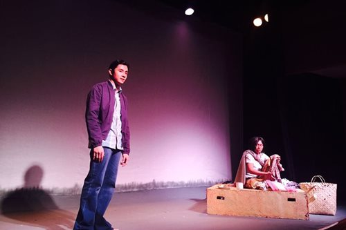 Review: Angeli Bayani acts up a storm in 'Buwan at Baril'