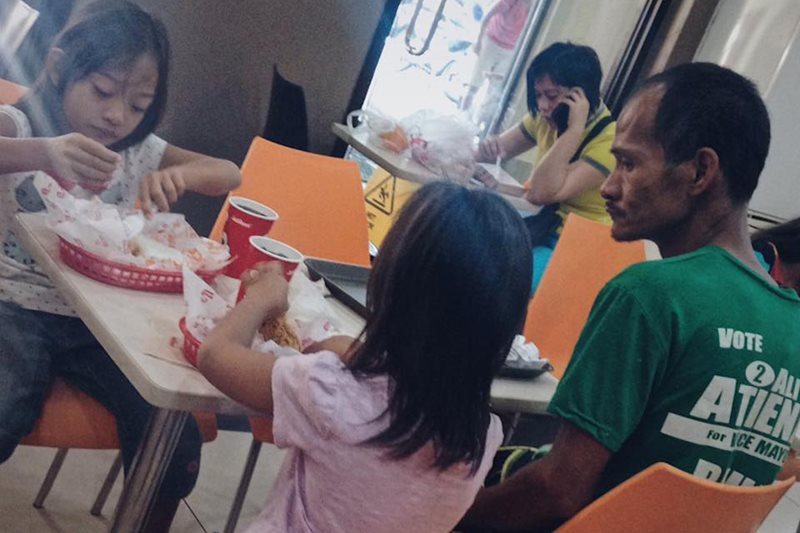 Selfless father receives therapy, enjoys meal with kids