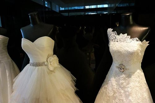Survey: 58% of Pinays would delay marriage for career