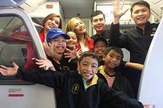 WATCH: Pinoy kids show off dance moves during flight