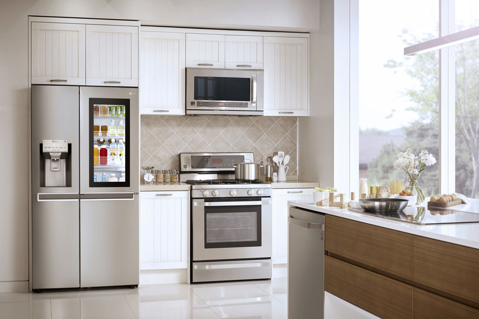 LG unveils SmartThinQ, a system that controls your fridge, washing machine via smartphone