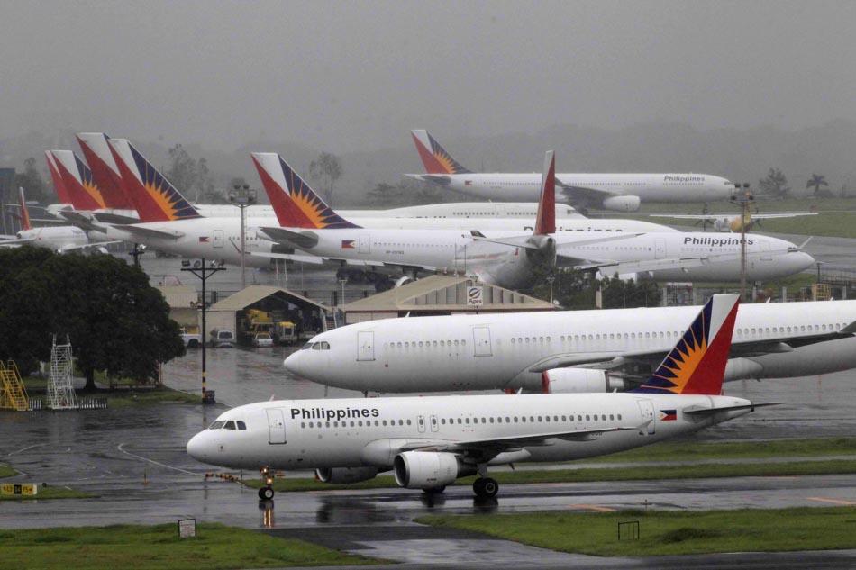 In Philippine Air Grille : Philippine airlines gov t reach p billion resolution