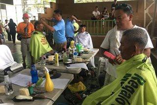 Higit 500 senior citizens nabigyan ng libreng makeover