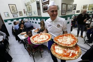 Neapolitan pizza-making wins world heritage status