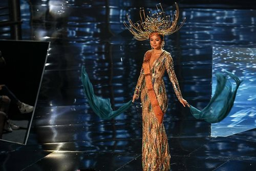LOOK: Maxine Medina's national costume for Miss Universe