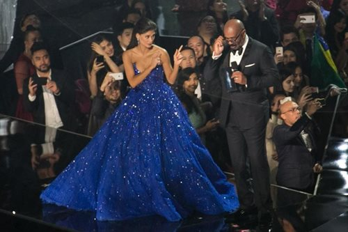 WATCH: Steve Harvey has message for Filipinos ahead of Miss Universe 2018 coronation