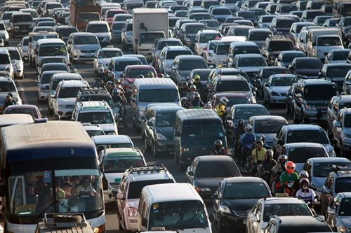 'Odd-even' traffic scheme too drastic, says MMDA chair