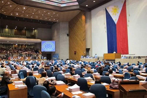 Palace denies hand in House shakeup