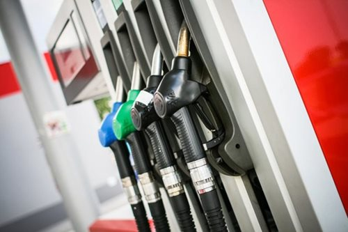 Oil firms to slash pump prices Tuesday
