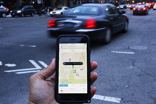 Uber seeks a second-in-command to steady the wheel