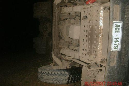 2 killed, 2 injured after dump truck loses brakes