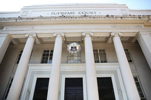 Only 3 justices - Bernabe, Gesmundo, and Hernando - are in the running for chief justice