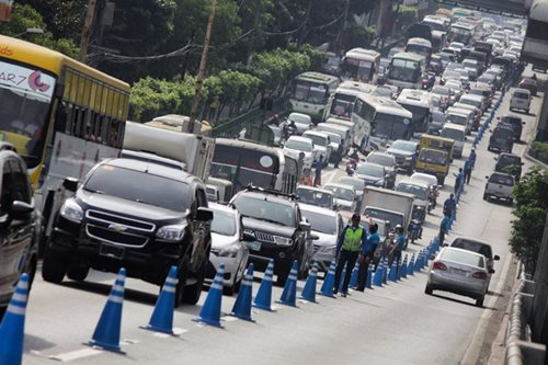 MMDA lifts number coding for Oct. 31, Nov. 1