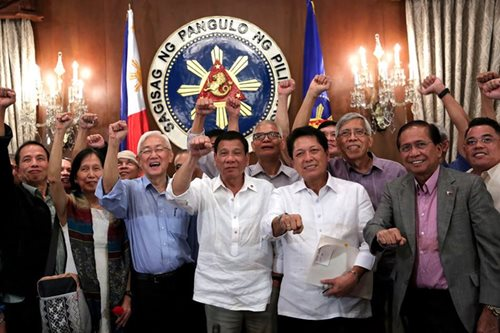 Duterte govt denies violation of rights deal with Reds