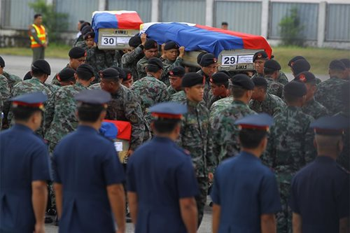 Palace urges Ombudsman to fast-track Mamasapano cases