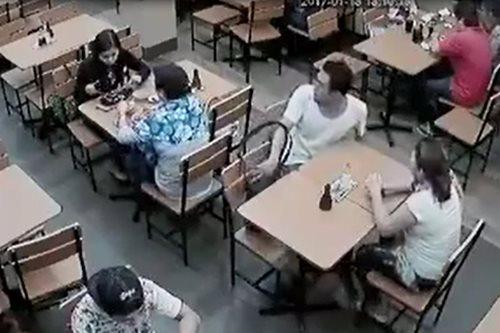 SAPUL sa CCTV: Pagnanakaw sa loob ng restaurant sa Davao City