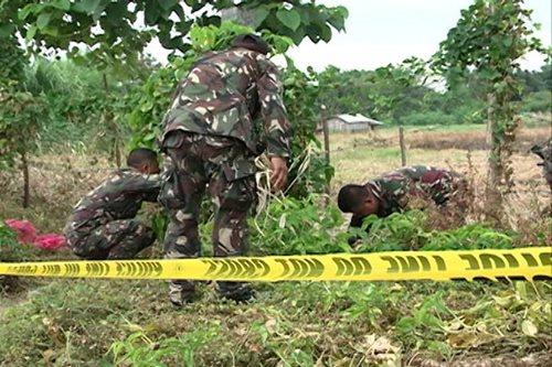 Military bomb squad detonates roadside bomb in Maguindanao