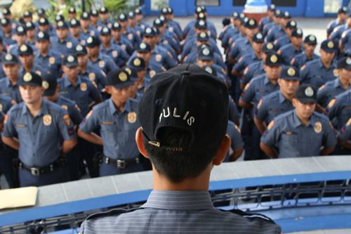PNP chief: Almost 800 cops under watch for alleged illegal activities