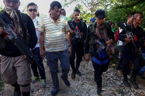 Duterte, binawi ang tigil-putukan sa mga rebeldeng NPA