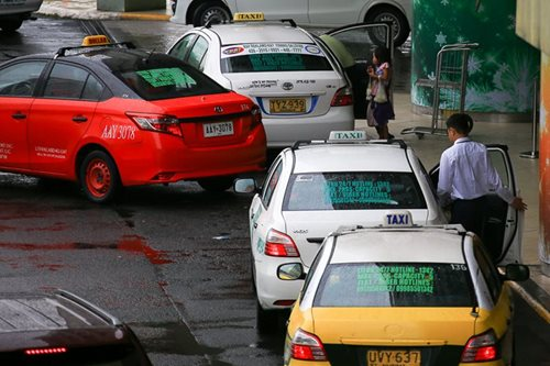 LTFRB to require taxi drivers to attend drivers' academy