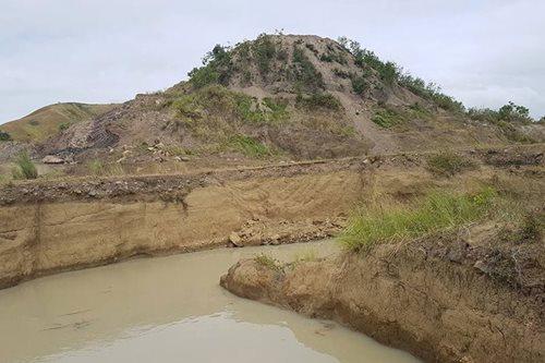 2 bata, nalunod sa quarry site