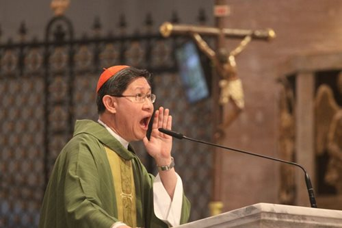 Cardinal Tagle denounces killings in drug war