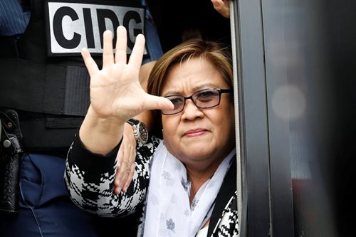 De Lima to mark a year in detention, urges public to fight for truth, justice