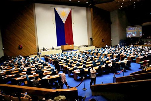 Opposition solons slam House leaders for railroading 'con-ass'