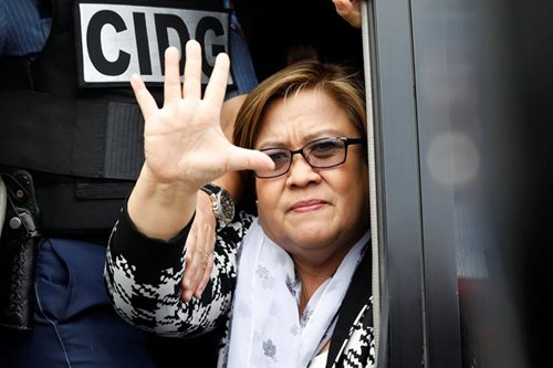 De Lima: 2009 DDS probe failed because Davao folk sided with 'ruthless King'