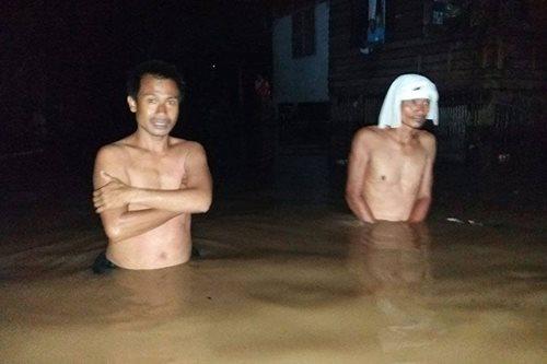 TINGNAN: Isang barangay sa Basilan, binaha rin
