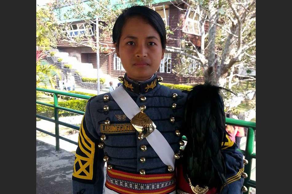 Cebu maid ditches broom for PMA, to graduate Sunday 1