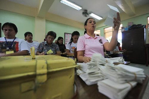 NAMFREL sees high voter turnout in barangay, SK polls