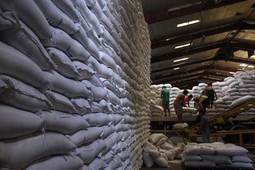 Duterte to meet with rice traders as NFA supply drops